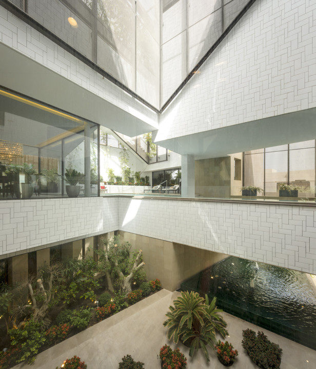 Gardens House_View_2