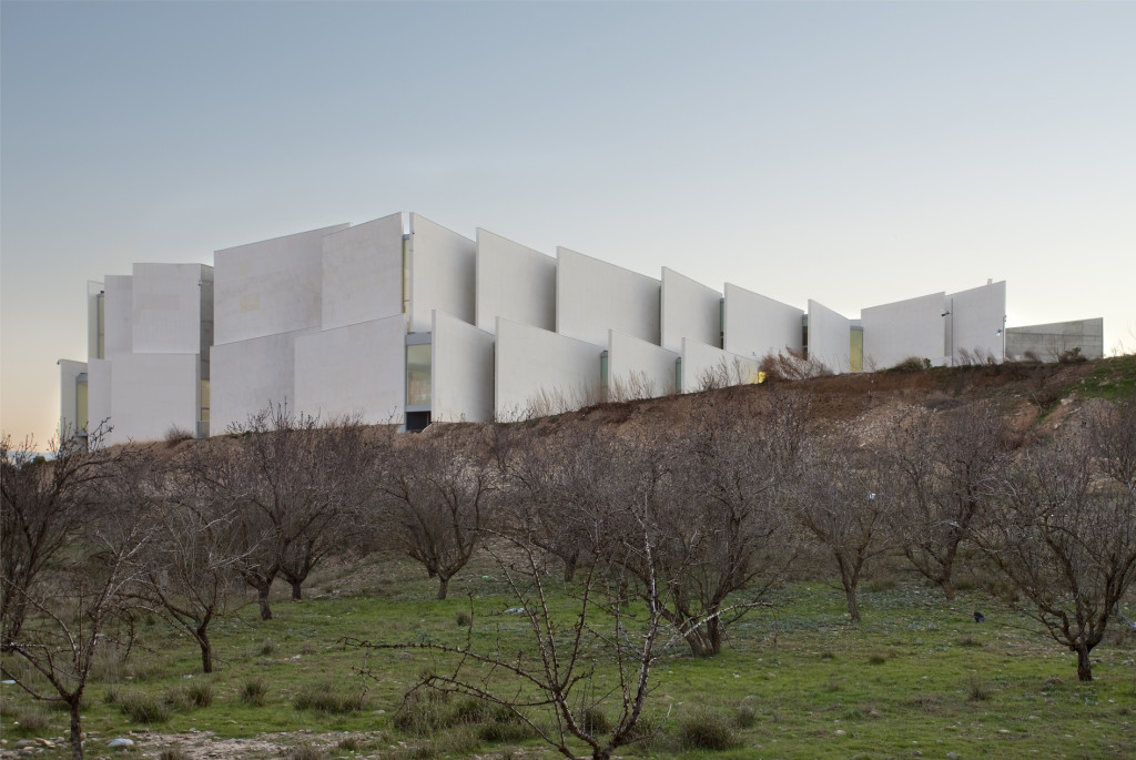 Health Sciences Faculty of San Jorge University_Aussenansicht_11