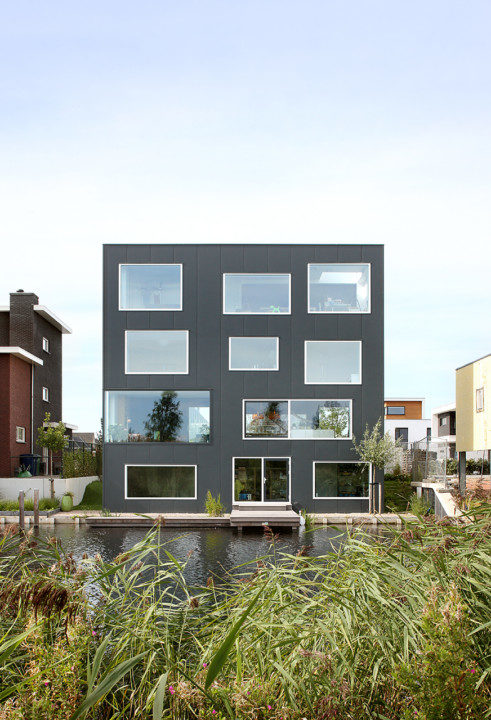 House with 11 Views_View_2