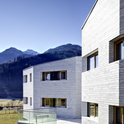 Multi-family house in Hollersbach_Ansicht_3