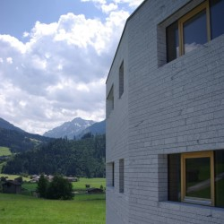 Multi-family house in Hollersbach_Ansicht_5