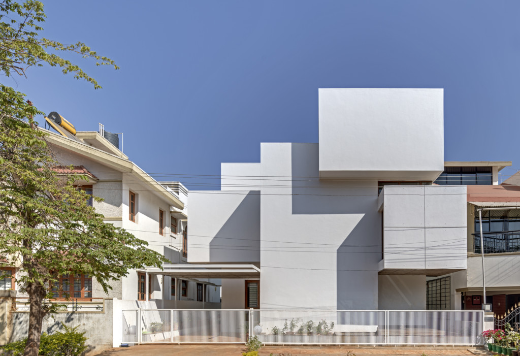 Padival House_View_1